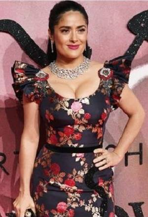 FOTOS: Salma Hayek conquistó con escote los British Fashion Awards 2016